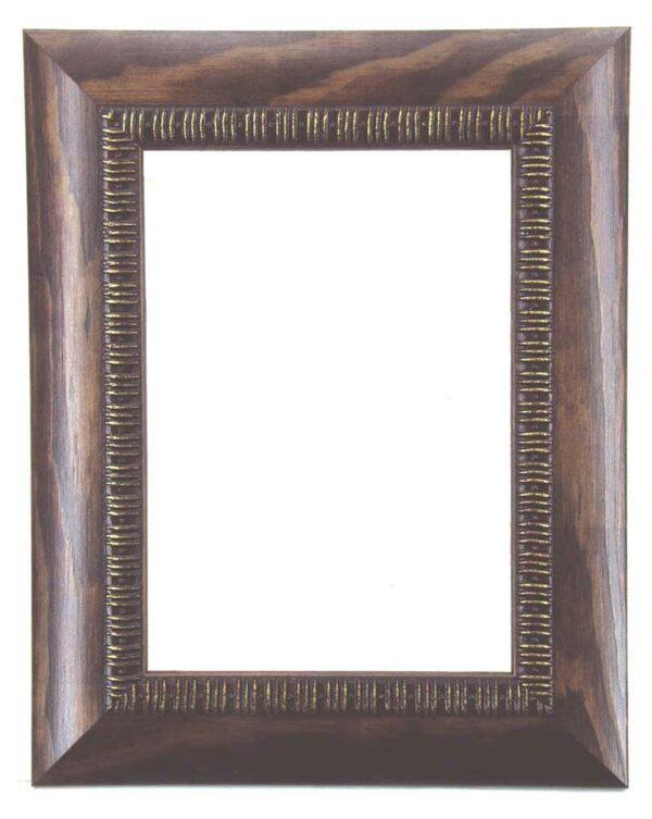 Bilderrahmen aus Holz, Klosterarbeiten, Farbe Walnuß Braun, goldene Ornamente