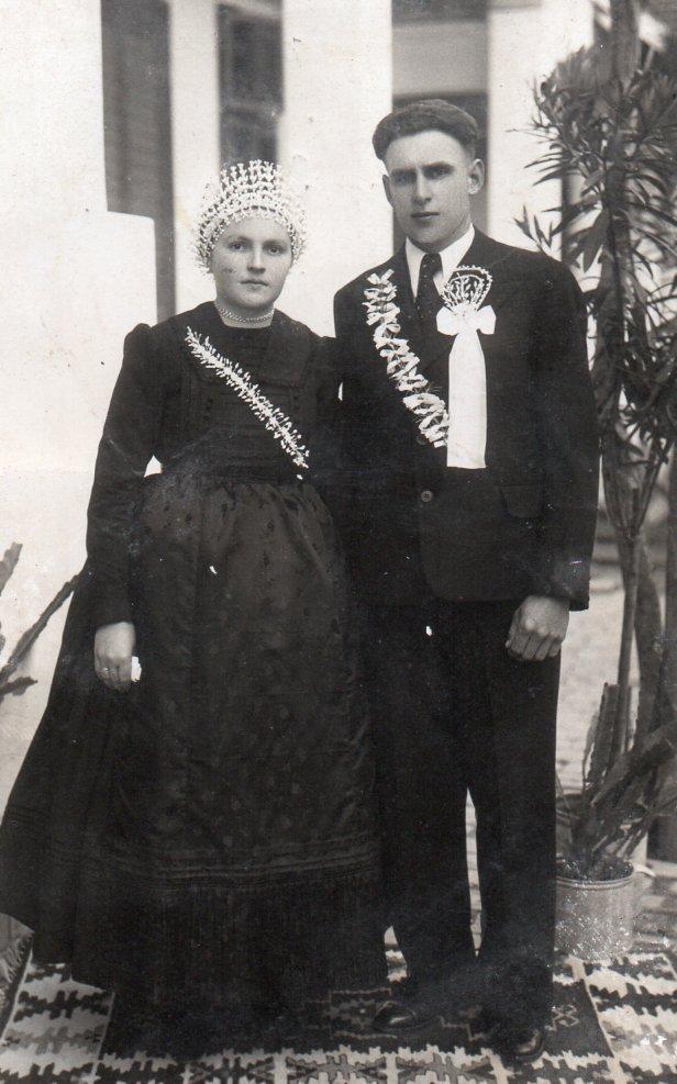 Kopfkränze für Hochzeiten in den 1920er und 1930er Jahren, Mathias Schmidt GmbH