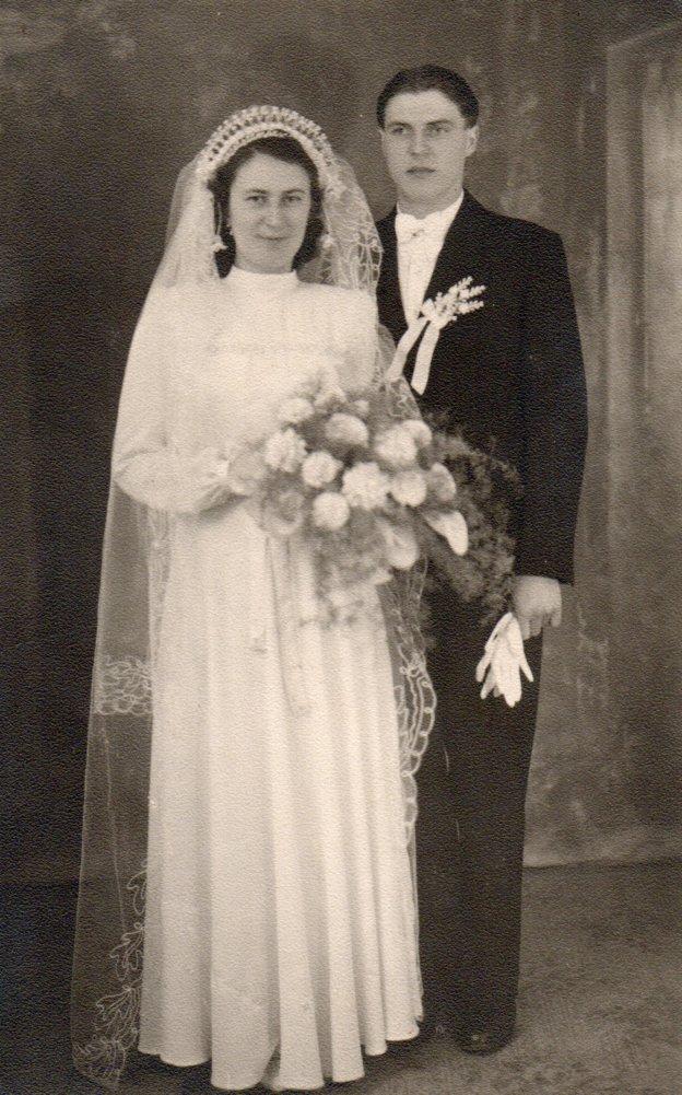 Hochzeit von Magdalena und Mathias Schmidt im Jahre 1950, Mathias Schmidt GmbH in Triftern