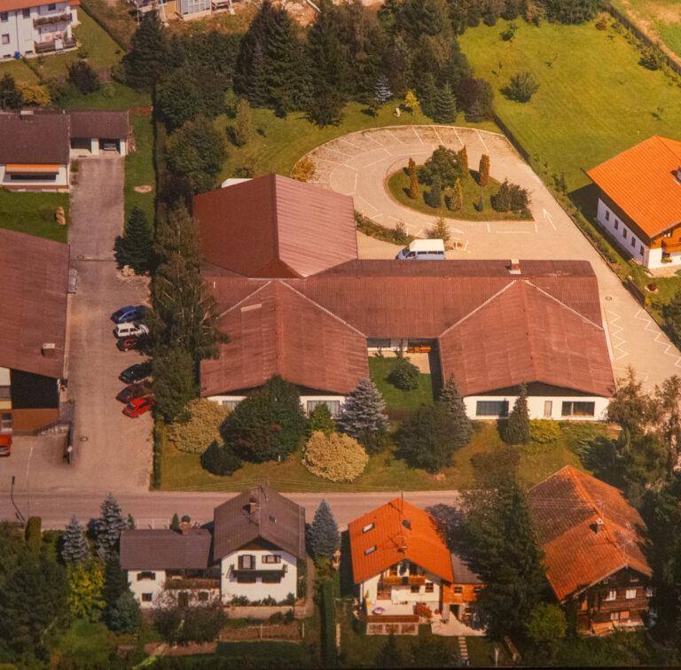 Neuen Firmengelände in den 90er Jahren, Mathias Schmidt GmbH in Triftern