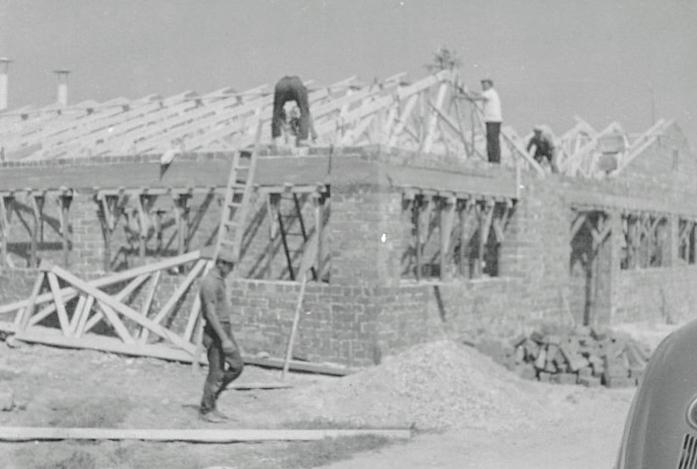 Bau des neuen Firmengebäudes im Jahre 1962, Mathias Schmidt GmbH in Triftern