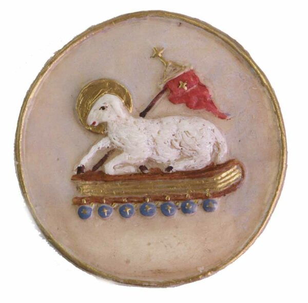 Medaillion mit Lamm aus dem Buch mit sieben Siegeln aus Wachs
