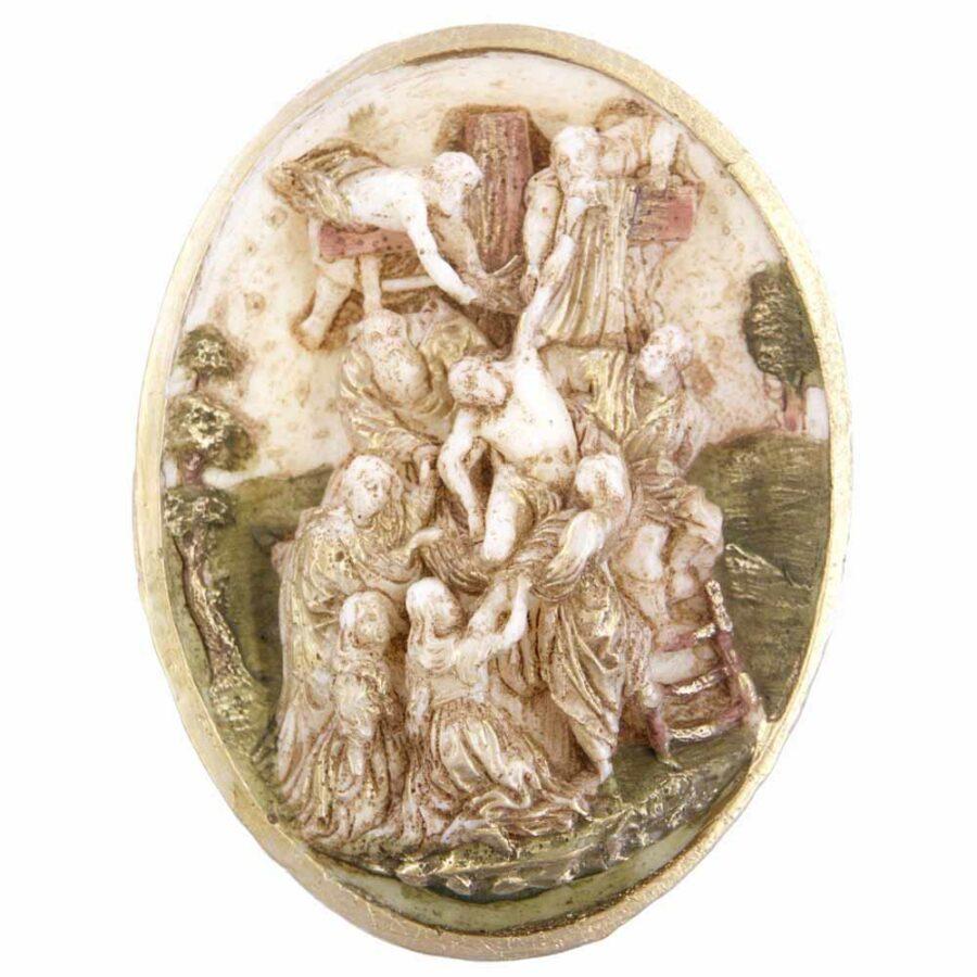 Medaillion die Kreuzabnahme in ovaler Form aus Wachs