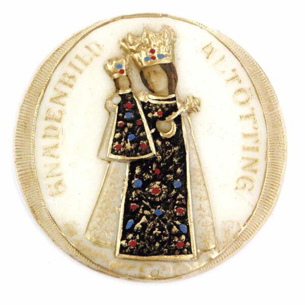 Medaillion mit Altöttinger Madonna in Wachs