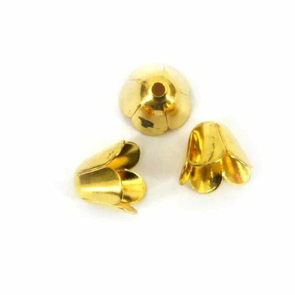 Perlkappen in gold-gebeizt in Form eines Blütenkelches für Klosterarbeiten