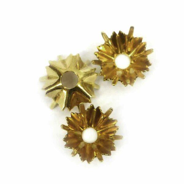 Perlkappen in gold-gebeizt geeignet zum fassen von Steinen für Klosterarbeiten