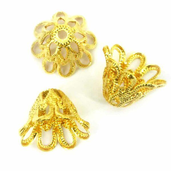 Perlkappen in gold-gebeizt in Form einer filigranen Krone für Klosterarbeiten
