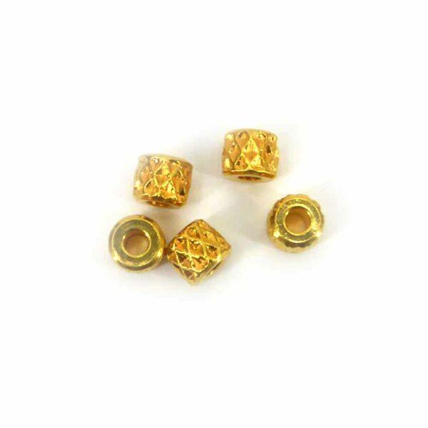 Perlkappen in gold-gebeizt in einer Rolle für Klosterarbeiten