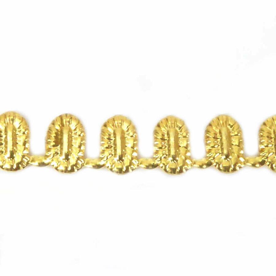 Steinfassung aus Metall in gold für Klosterarbeiten