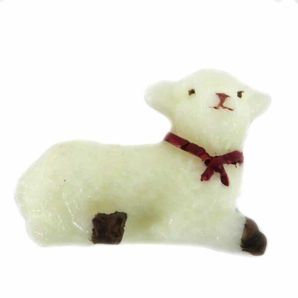 Schaf liegend mit roter Schleife aus Wachs für Klosterarbeiten