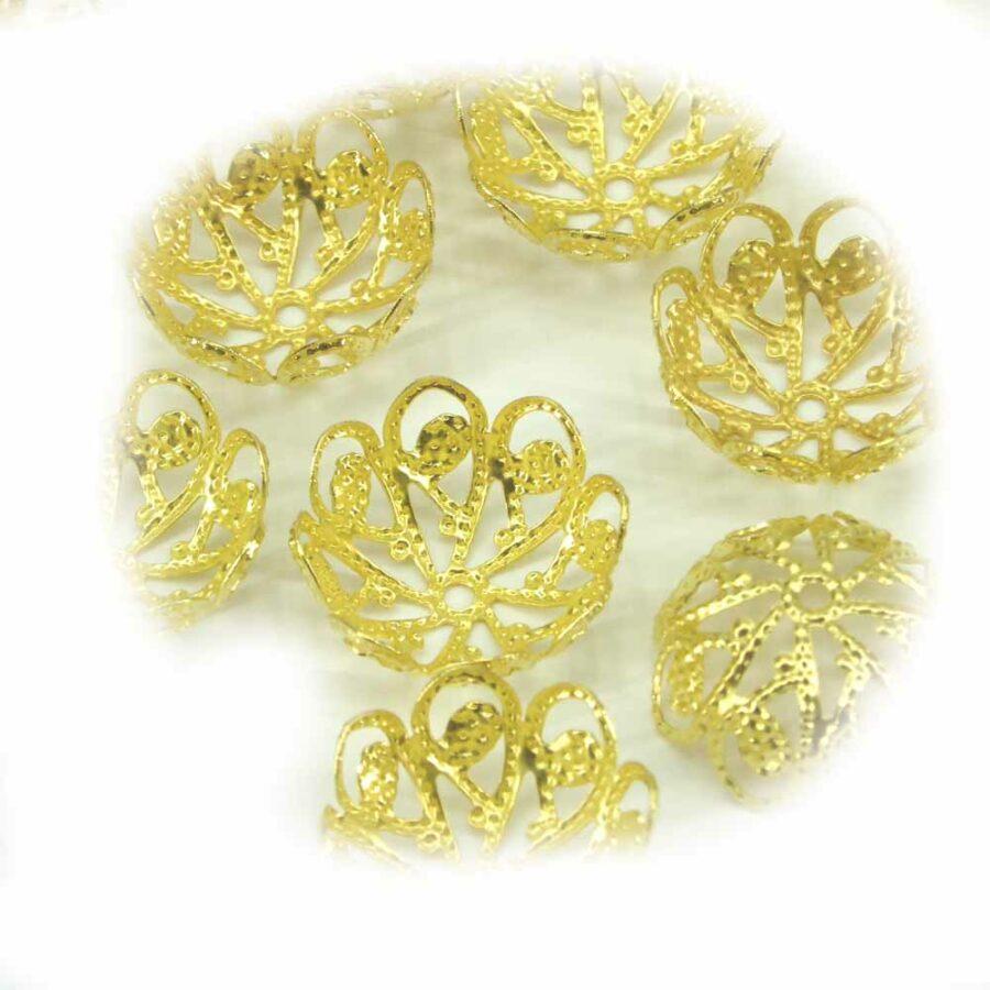 Perlkappen in gold-gebeizt in filigraner Art für Klosterarbeiten
