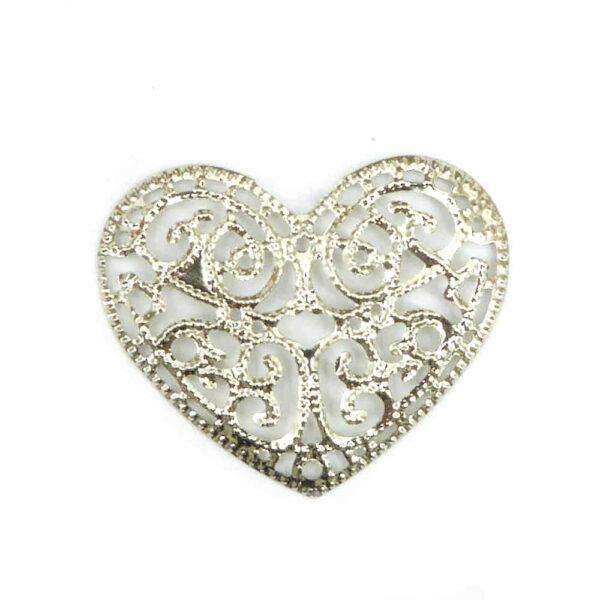 Herzen aus Metall in silber und filigran für Klosterarbeiten und Hochzeiten