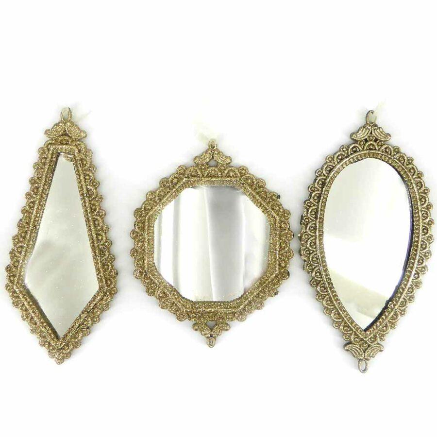 Spiegelornamte mit filigranem Rand für Klosterarbeiten