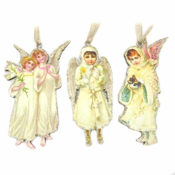 Engel auf Holztafel in antik für Klosterarbeiten
