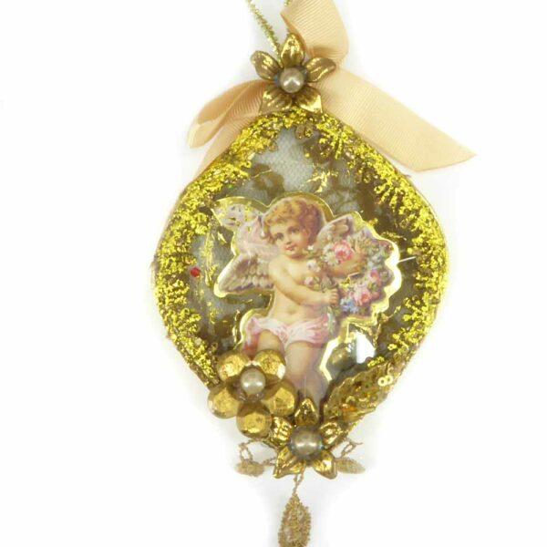 Glasornament mit Papierengel und Goldblüten für Klosterarbeiten